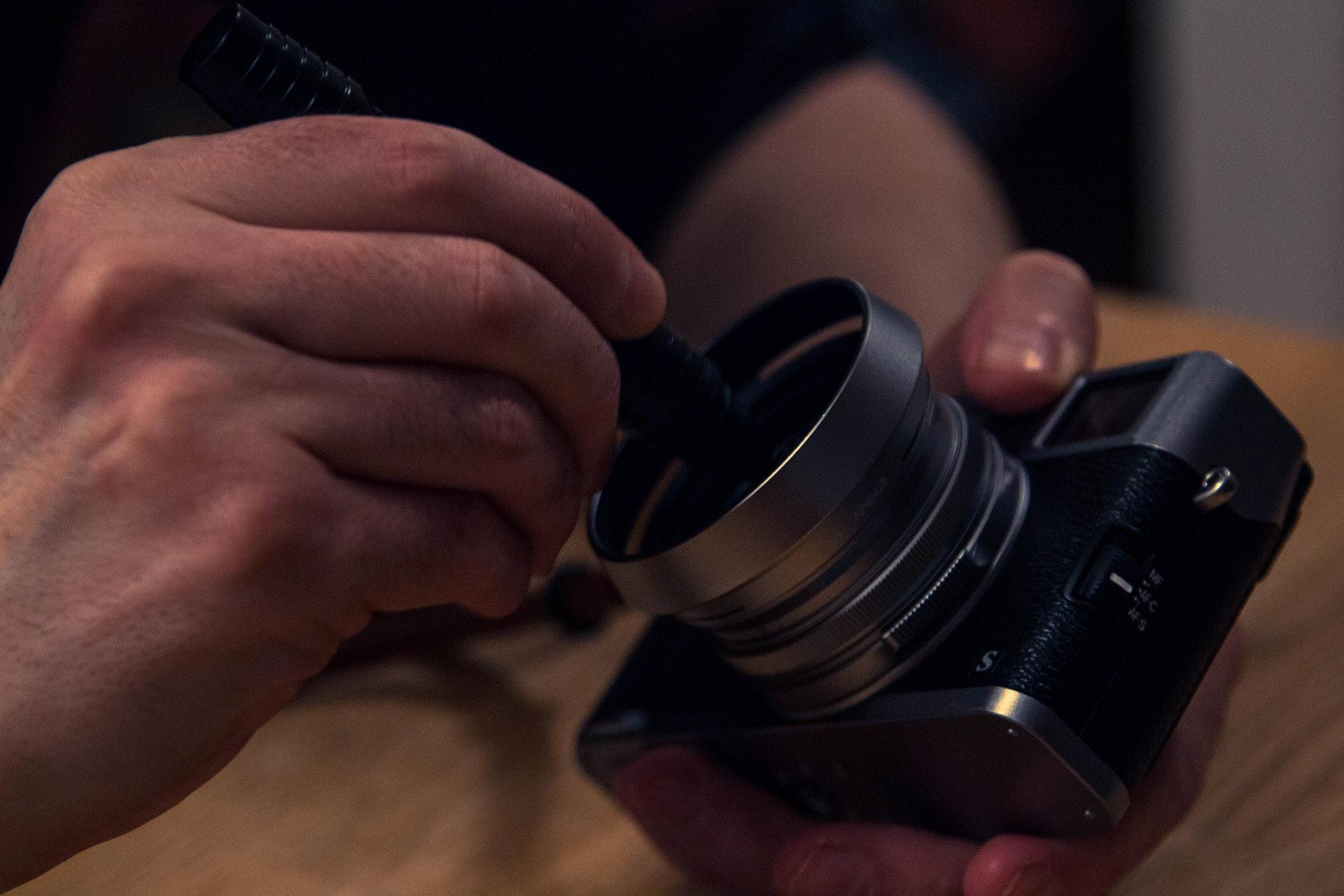 limpeza_equipamento_fotografico_como_limpar_lente_camera_corretamente